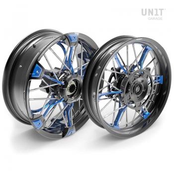 Par de ruedas de radios NineT Racer y Pure 24M9 SX-Spider tubeless