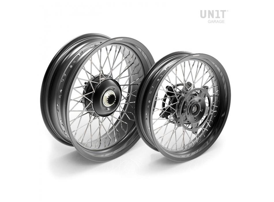 Par de ruedas de radios NineT Racer y Pure 48M6
