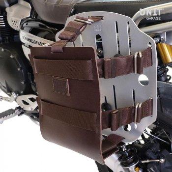 Portabolsa de aluminio con frontal de cuero ajustable y enganche rápido